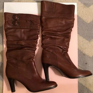 Slouchy High Heeled Leather Boots in Cognac!